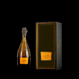 "Veuve Clicquot ""La Grande Dame"" Magnum Brut 1990"